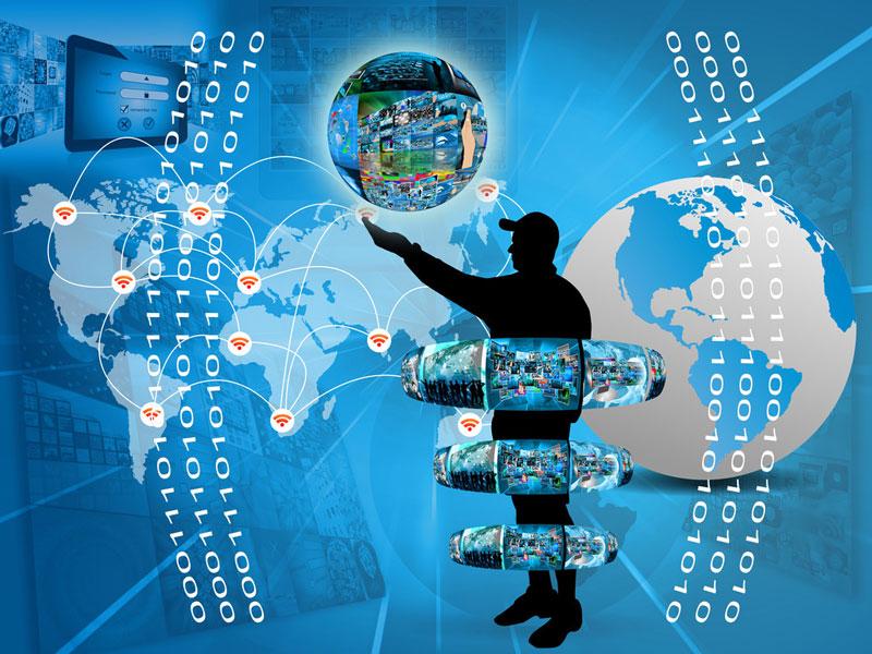 """聚焦""""+互联网"""" 第八届中国产业互联网高峰论坛在沪开幕"""