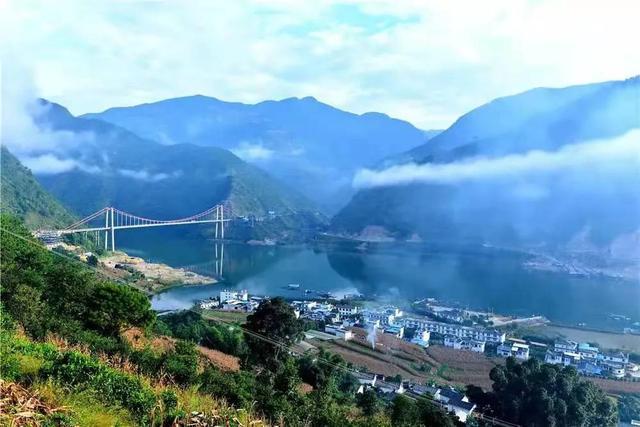 """临沧市召开提升旅游""""八要素""""品质推进工作专题会"""