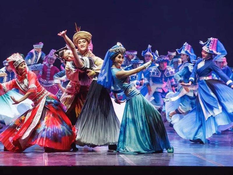 震撼|马关原创傣族舞剧《顶家女儿》惊艳亮相省歌舞剧院,获好评如潮