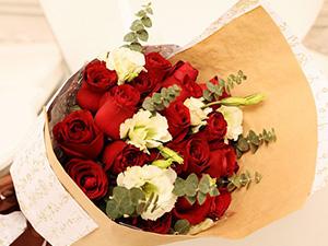 情人节红玫瑰花鲜花花篮鲜花速递送花花篮生日礼物
