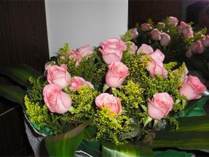圣诞节生日鲜花速递鲜花同城送花玫瑰花
