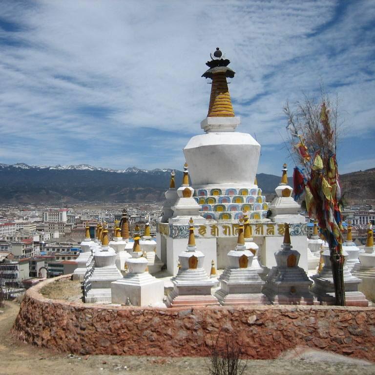 香格里拉+虎跳峡(丽江段)+普达措国家公园2日1晚跟团游